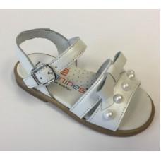 ~Andanines Girls Pearl Sandal - White