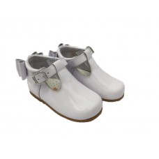 Andanines Girls Bow Heel Shoe - White